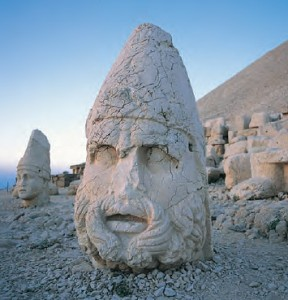 colossal stone heads of mount nemrut